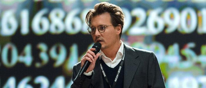 In TRANSCENDENCE reinkarniert Johnny Depp als Supercomputer
