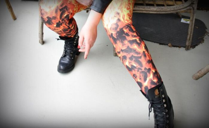 Hot: Die Furnace Flame Leggings von Spiral!