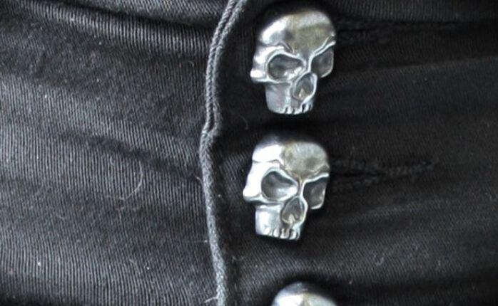 Trend 2015: Der High Waist Skull Skirt