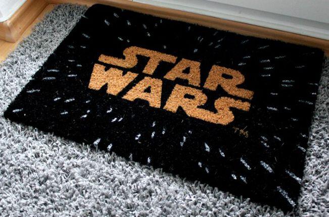 Star Wars: Mit Überlichtgeschwindigkeit in die Wohnung