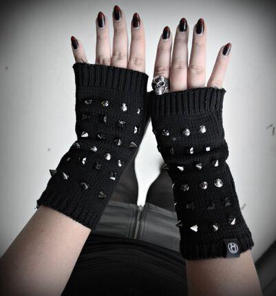 Mein neues, cooles Winter Accessoire - Die Rivet Arm Covers von Black Premium