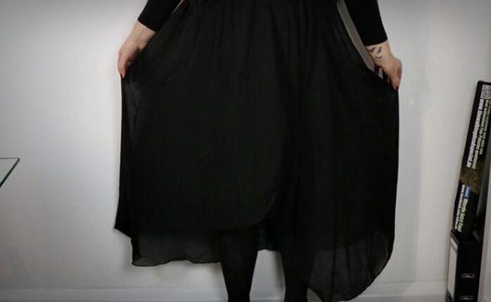 Witch, please: Der Long Swinging Skirt von Gothicana by EMP