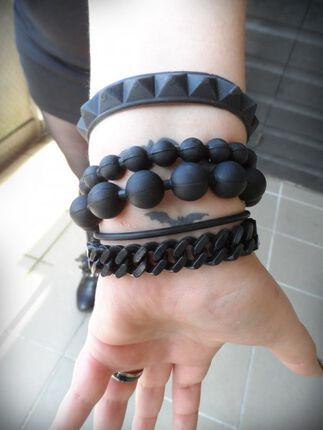 Neuer Trend? Silikon Armbänder!