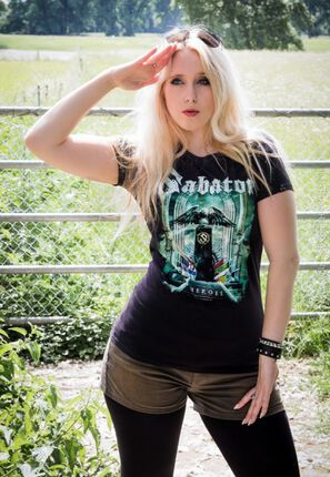Das Sabaton Girlie Shirt: Heroes, müsst ihr haben!
