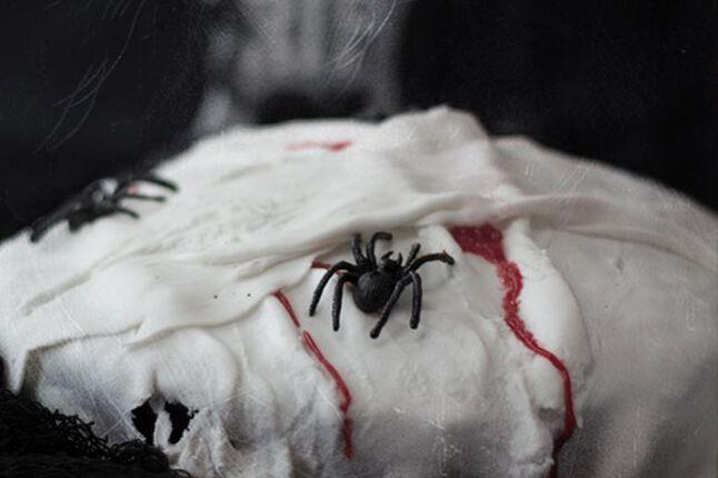 Happy Halloween - gruseliger Mumien Kuchen