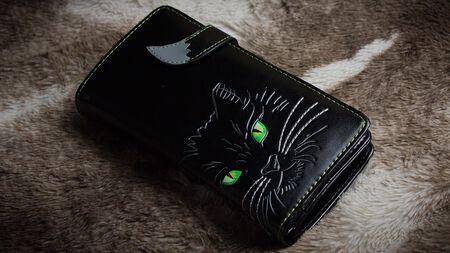 Meow Meow! Die Lucky Cat Geldbörse von Nemesis Now