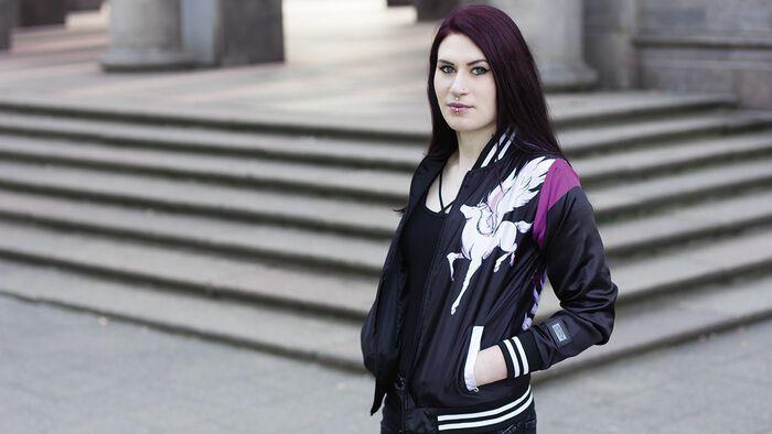 Einhornpower mit der Maja Varsity Jacke von Vixxsin