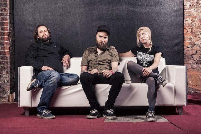"""Earthship legen mit """"Iron Chest"""" eine Platte vor, die selbst US- Bands zittern lässt"""