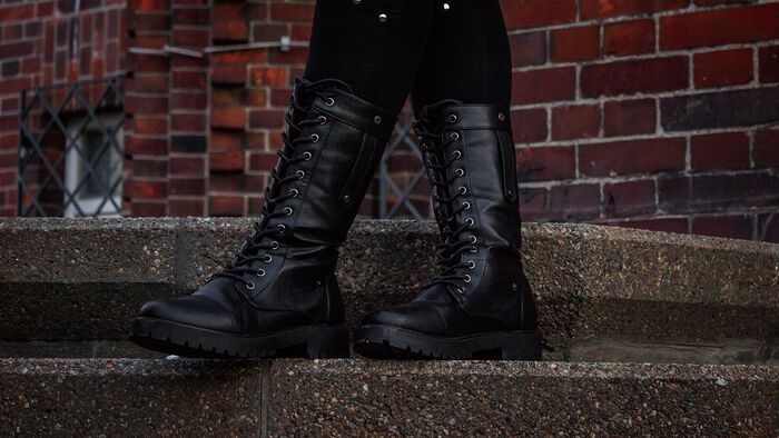 Meine neuen Stiefel -There You Go von Full Volume By EMP