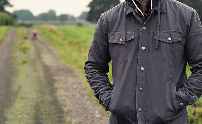 Der Herbst kommt. Jungs zieht Euch ne Jacke an.