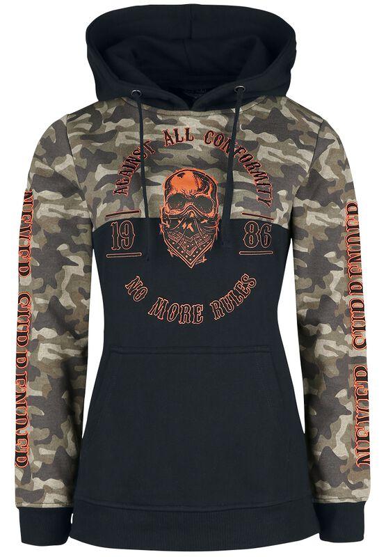 Schwarzer Kapuzenpullover mit Camouflagemuster und farbigen Details