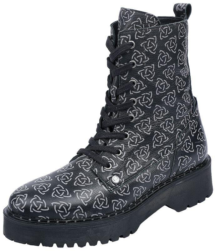 Boots mit keltisch anmutendem Print