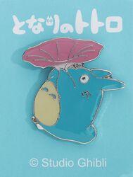Totoro mit Blume