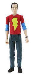 Sheldon mit Shazam Shirt