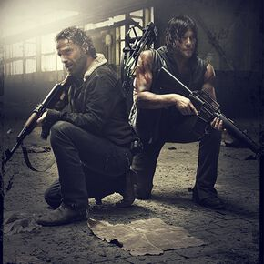 The Walking Dead Daryl Dixon & Rick Grimes - Hunt Or Be Hunted Poster multicolore
