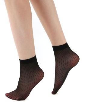 Pamela Mann - All Over Sheer Spot Ankle Socks - Socks - black