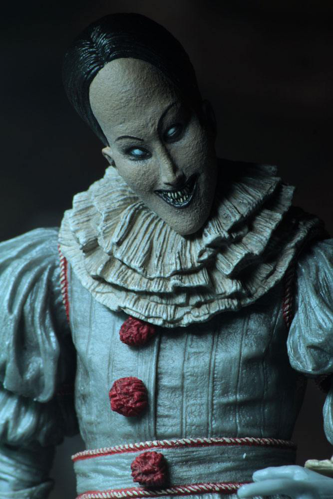 Image of ES Ultimate Pennywise (Dancing Clown) Actionfigur Standard