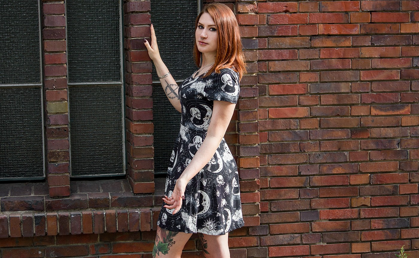 Moonstone Skater Dress von Jawbreaker