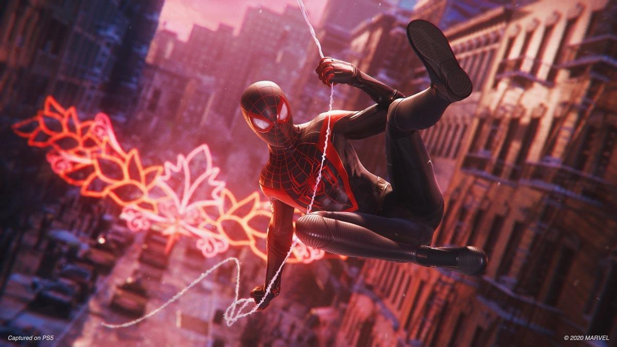 Spider-Man schwingt wieder - dieses Mal steckt Miles Moran unter der Maske.