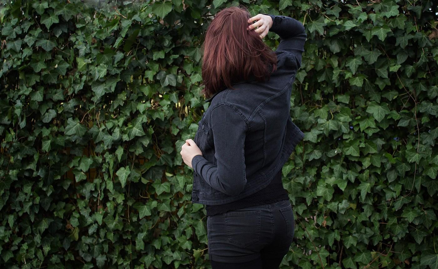 Debra Black Wash Denim Jacket von Noisy May