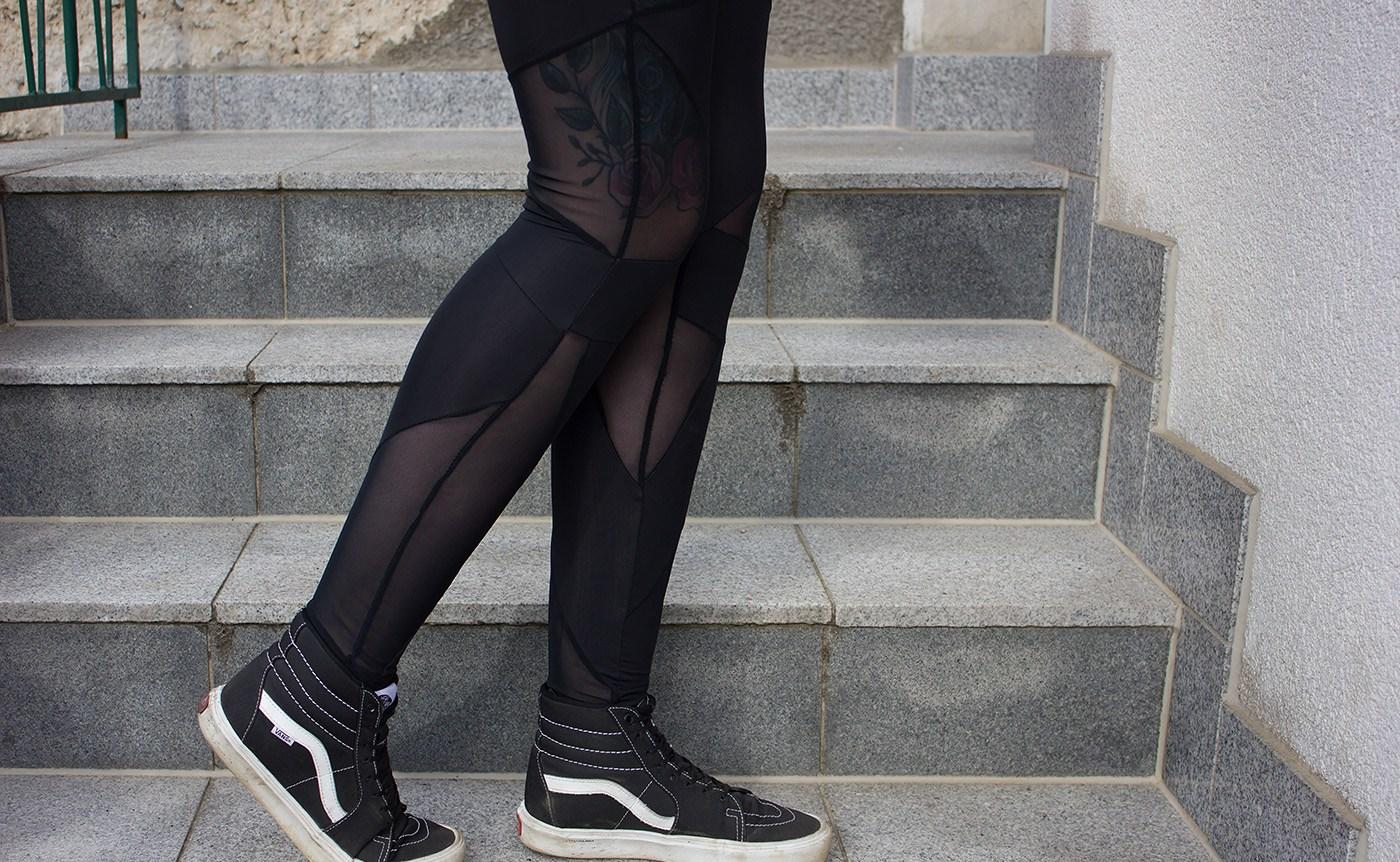 Ladies Triangel Tech Mesh Leggings von Urban Classics